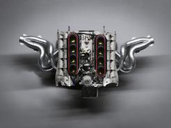 ニューDFI3.4リッターV8エンジン