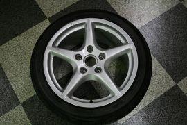 997_rear_tire_1083_specs.jpg